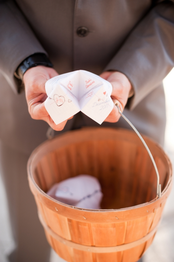 How cute are these cootie catcher wedding programs